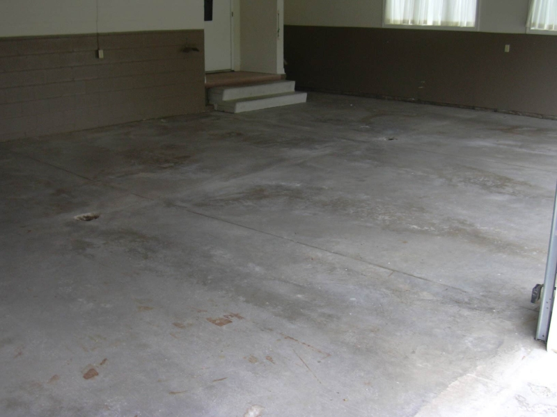 Garage floor epoxy coatings sealtech for Garage floor maintenance